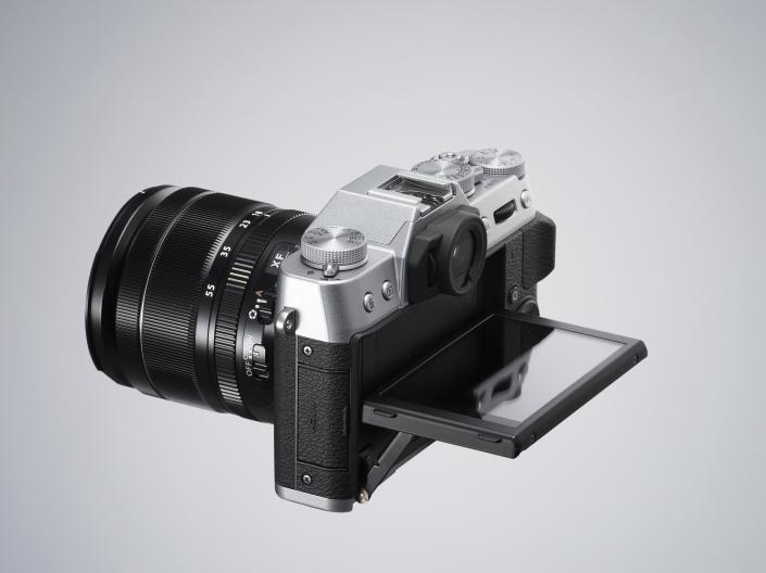 X-T10tilt01